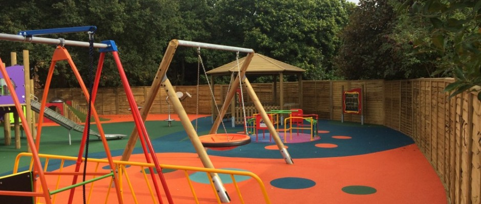 """This portfolio page illustrates a variety of playground installations carried out by Groundplay Limited, at various locations across the UK. *Please note that some of the photographs may show the project still """"Under Construction"""". This is to give you an idea of how the process works and does not reflect[...]"""